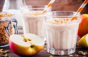 Apple oats smoothie thumbnail